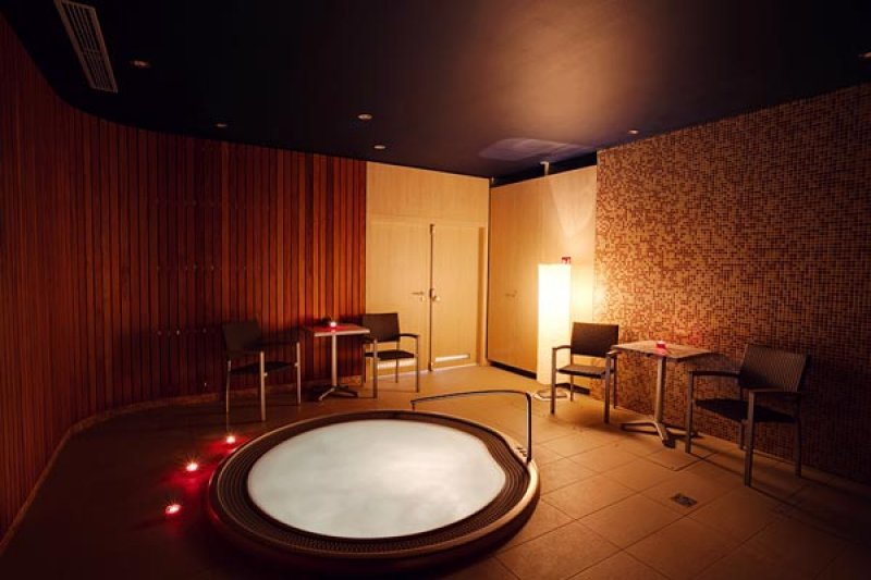 Gift card for a relaxation massage, 2 x 50 min + private whirlpool for two, 50 min - Ostrava