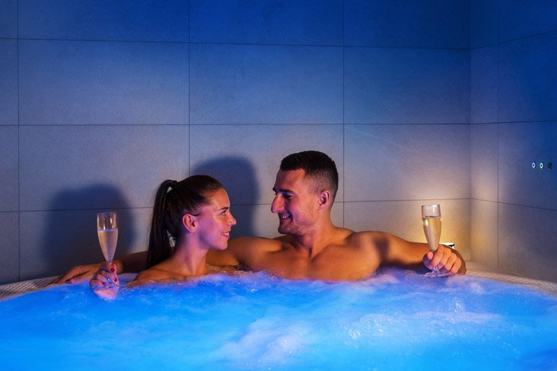 Gift card for a private whirlpool for two, 50 min - Ostrava